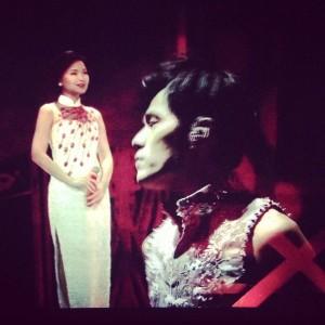 Virtual Teresa Teng Performs with Jay Chou