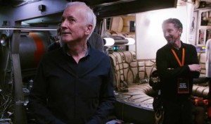 Anthony Daniels (left) with Stuart Wilson on set.