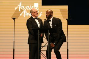 (l-r) Presenters Glen Keane, Kobe Bryant -- (Photo by: David Yeh/ASIFA)