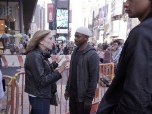 Homeland Season 6 Executive Producer Lesli Linka Glatter speaks with J. Mallory McCree as (Sekou Bah) on the set of Homeland Photo:  JoJo Whilden/SHOWTIME