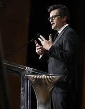 Ben Mankiewicz hosting the 33rd ASC Awards