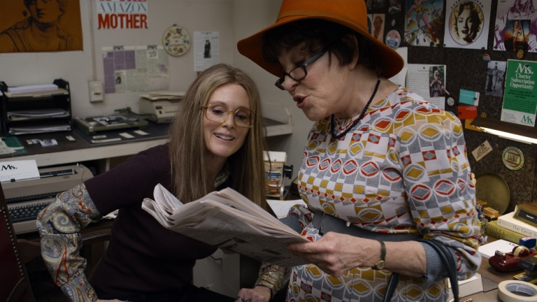Julianne Moore and Bette Midler in The Glorias (LD Entertainment)