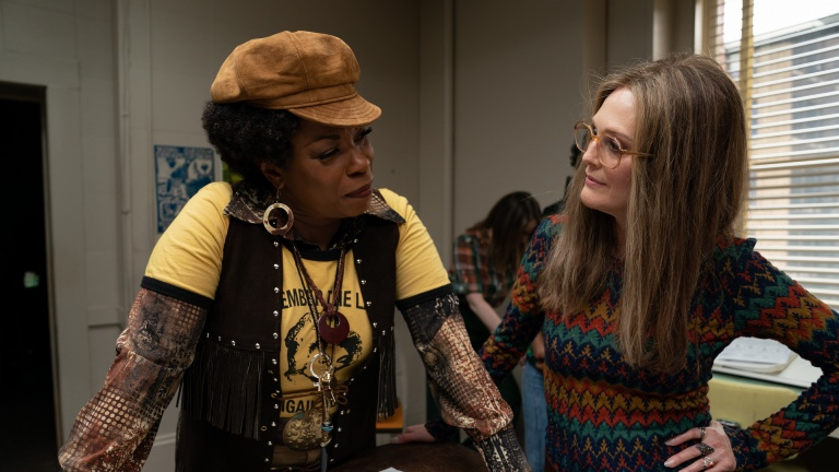 Lorraine Toussant and Julianne Moore in The Glorias (LD Entertainment)