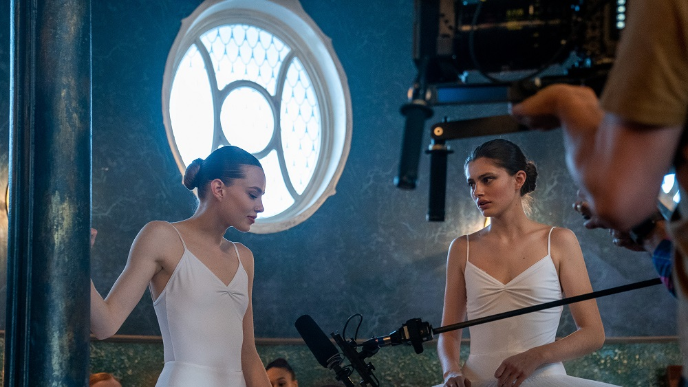Kristine Froseth and Diana Silvers in Birds of Paradise